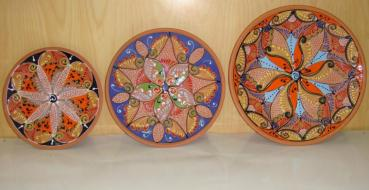 Patio y jard n ceramica hispania qualitas - Platos decorativos pared ...