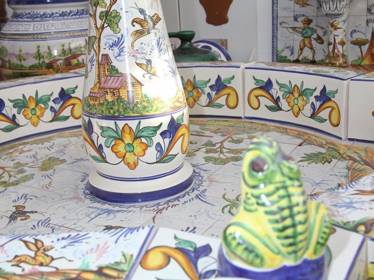 Fuentes ceramica hispania qualitas - Fuentes para patios y jardines ...